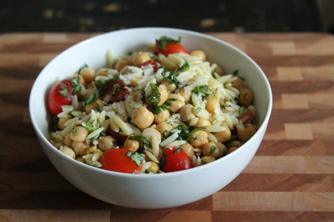 Chickpea and Tomato Salad with Basil and Mint | Lattes & Leggings