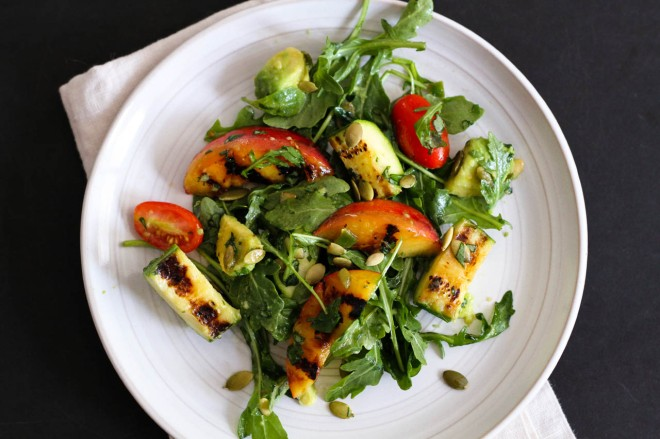 Grilled Nectarine and Zucchini Salad | Lattes & Leggings